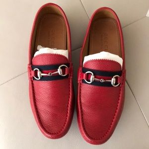 6d94be45a1c Gucci Shoes - Men s Red Gucci Loafers 8.5G Driving Moccasins